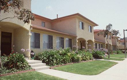 28/33: Townhomes at Fort MacArthur, in San Pedro